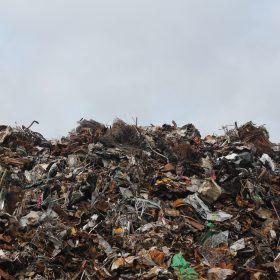 Wilt u een afvalcontainer huren maar wordt u tegengehouden door alle geruchten?